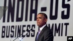 美国总统奥巴马在访问印度期间在新德里企业主管峰会上讲话。(2015年1月26日)