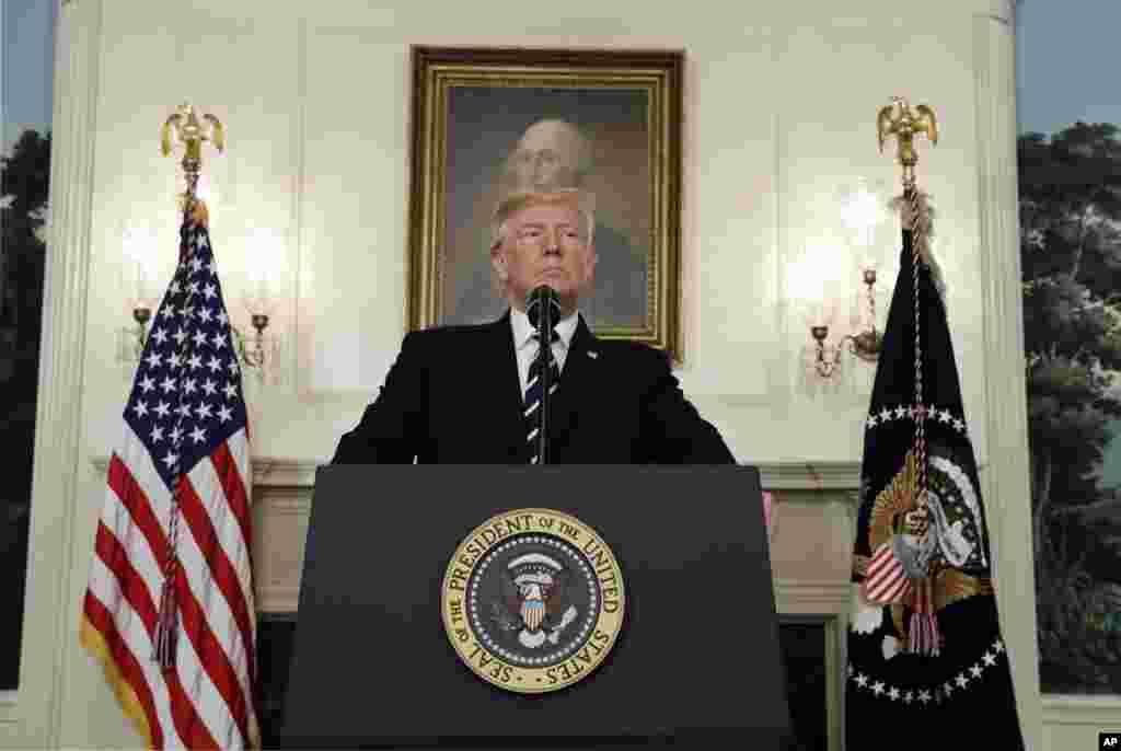 دونالد ترامپ رئیس جمهوری آمریکا در سخنان خود پس از تیراندازی مرگبار لاس وگاس آن را یک اقدام شرورانه محض خواند و برای قربانیان و بازماندگان دعا کرد.