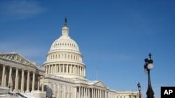 美国国会参议院周末辩论健保议案