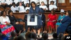 Bernice King, hija del asesinado líder de los derechos civiles, Martin Luther King, Jr. habló en la iglesia bautista Ebenezer, a la que asistía su padre, el lunes, 16 de enero, de 2017.