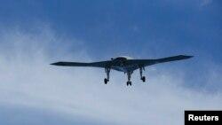 Sebuah pesawat tak berawak milik militer AS jatuh di Somalia Selatan hari Selasa 28/5 (foto: dok).