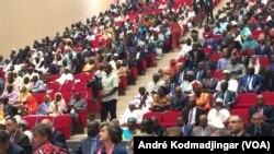 Deuxième forum national inclusif en vue au Tchad, le 28 octobre 2020. (VOA/André Kodmadjingar)