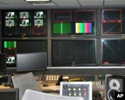 央视北美分台主控室