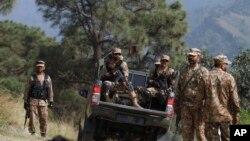 نه نظامی دیگر پاکستانی در درگیری با تندروان زخمی شده است