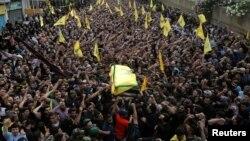 ក្រុម Hezbollah លើកមឈូសមេដឹកនាំពួកគេ គឺលោក Mustafa Badreddine នៅជាយក្រុងបេរូត ប្រទេសលីបង់ កាលពីថ្ងៃទី១៣ ខែឧសភា ឆ្នាំ២០១៦។ Mustafa Badreddine ត្រូវបានសម្លាប់ក្នុងការវាយប្រហារនៅប្រទេសស៊ីរី។