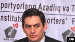 Əli Kərimli: 2011-ci il seçki ili olmasa da, mübarizə ili olacağını vəd edir