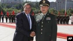 Američki sekretar za odbranu Lion Paneta i njegov kineski kolega Liang Gunagli