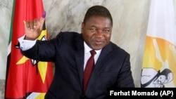 Presidente de Moçambique, Filipe Nyusi, depois de votar nas eleições gerais de 15 de Outubro 2019.