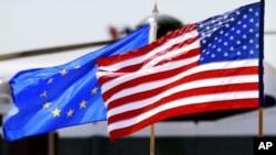 Zastave Sjedinjenih Država i EU