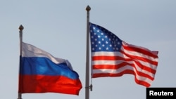 National flags of Russia and the U.S.