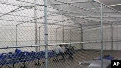 Một trại giam ở Tornillo, Texas.