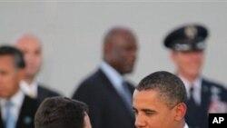 奥巴马总统开始国会中期选举的助选行程