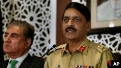 پاکستان کی مسلح افواج کے ترجمان ادارے 'انٹر سروسز پبلک ریلیشنز' کے ڈائریکٹر جنرل میجر جنرل آصف غفور (فائل فوٹو)