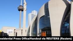Bild'in terör haberinde Köln Merkez Camisi fotoğrafı kullanması tepki yarattı