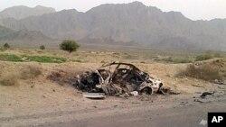 موتر رهبر طالبان که هدف یک طیاره بی پیلوت امریکایی قرار گرفت.