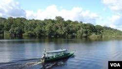 Sungai Amazon di Brazil (foto: dok). Para ilmuwan Brazil menemukan sungai Hamza, yang terletak 4.000 meter di bawah Sungai Amazon.
