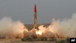 파키스탄 군 당국의 미사일 시험발사 장면. (자료사진)