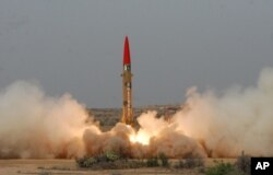 Pakistan bắn thử nghiệm một phi đạn đạn đạo có khả năng mang đầu đạn hạt nhân tới bất kỳ nơi nào trên lãnh thổ Ấn Độ.