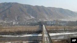 圖們江公路橋,對岸為北韓
