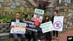 ชาวไทยในสหรัฐฯ รวมตัวล่ารายชื่อประท้วงสื่อต่างชาติ จากการรายงานข่าวเหตุการณ์ในประเทศไทย