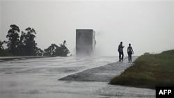 Paula Kasırgası Küba'yı Etkisi Altına Aldı