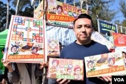 香港民主黨創意媒體部部長黎敬瑋。(美國之音湯惠芸攝)