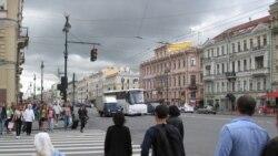 年终报道:俄走出衰退但民众变穷 新制裁或重创经济