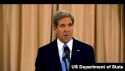 အေမရိကန္ ႏိုင္ငံျခားေရးဝန္ႀကီး John Kerry