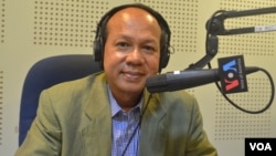 "Ok Serei Sopheak, an independent governance analyst, on ""Hello VOA"" Monday. (Lim Sothy/VOA Khmer)"