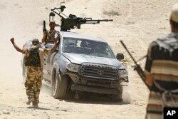 Des rebelles libyens