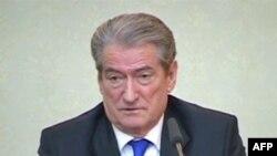 """Qeveria fton opozitën për bashkëpunim """"në komision apo në tryezë partiake"""""""