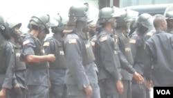 Liberian riot police (courtesy: Liberia's FrontPage Africa).