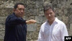Tổng thống Santos (phải) nói ông tin Tổng thống Venezuela Hugo Chavez sẽ giữ lời hứa và không cho phép sự hiện diện của phiến quân cánh tả trên lãnh thổ Venezuela
