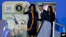 Rais Obama na familia yake waliwasili katika mji mkuu wa Buenos Aires, nchini Argentina
