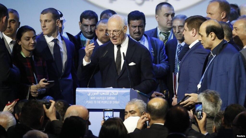 Đặc sứ LHQ Staffan de Mistura phát biểu tại một hội nghị về Syria, tại Sochi, Nga, 30/1/2018.