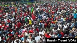 En images : les Maliens se mobilisent contre la révision de la Consitution
