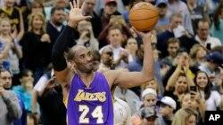 Kobe Bryant (24) de Lakers, NBA, 14 decembre 14, 2014