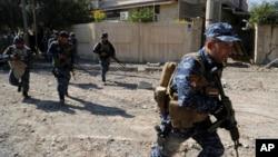 Pasukan Irak terus maju dalam pertempuran melawan militan ISIS di Mosul barat, Senin (6/3).