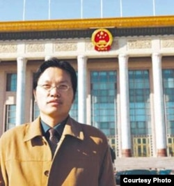 北京理工大学教授胡星斗 (资料照片)