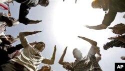 ইয়েমেনের প্রেসিডেন্ট আলি আব্দুল্লাহ সালেহ চিকিত্সার জন্যে এখন সৌদি আরবে