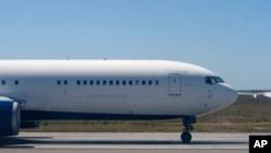 چین میں تیار کردہ پہلے مسافر طیارے کی نمائش