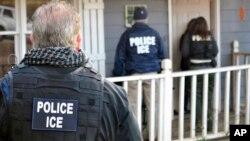 Operación contra inmigrantes indocumentados en Atlanta el 9 de febrero de 2017. (Foto proporcionada por ICE)