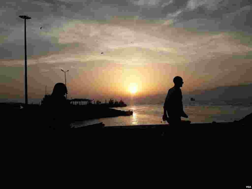 غروب آفتاب در قشم عکس: سارا (ارسالی شما)