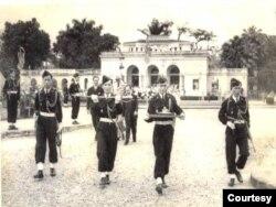 Ấn kiếm của vua Bảo Đại tại lễ thoái vị 30/8/1945.