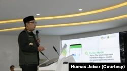 Gubernur Jabar Ridwan Kamil saat meluncurkan PIKOBAR di Bandung, Jumat, 20 Maret 2020.