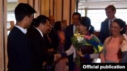 ေဒၚေအာင္ဆန္းစုၾကည္ ဆီြဒင္ႏုိင္ငံေရာက္ (Ministry of Foreign Affairs Myanmar)