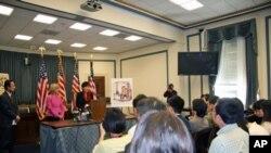 美国联邦众议员举行记者会提出对排华法律遗憾决议案