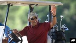 Barack Obama au Farm Neck Golf Club sur l'île de Martha's Vineyard, le 14 août 2015.