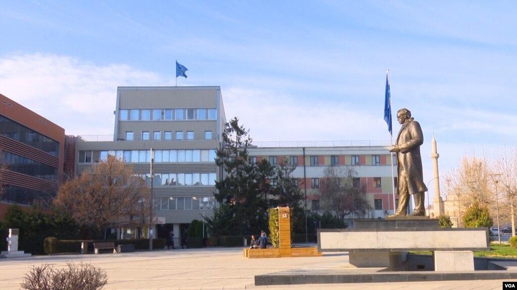 Kosovë, javën e ardhshme priten diskutime për zgjidhjen e situatës politike