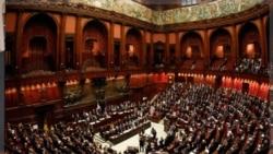 پارلمان ایتالیا در رای گیری لایحه بودجه. ۸ نوامبر ۲۰۱۱